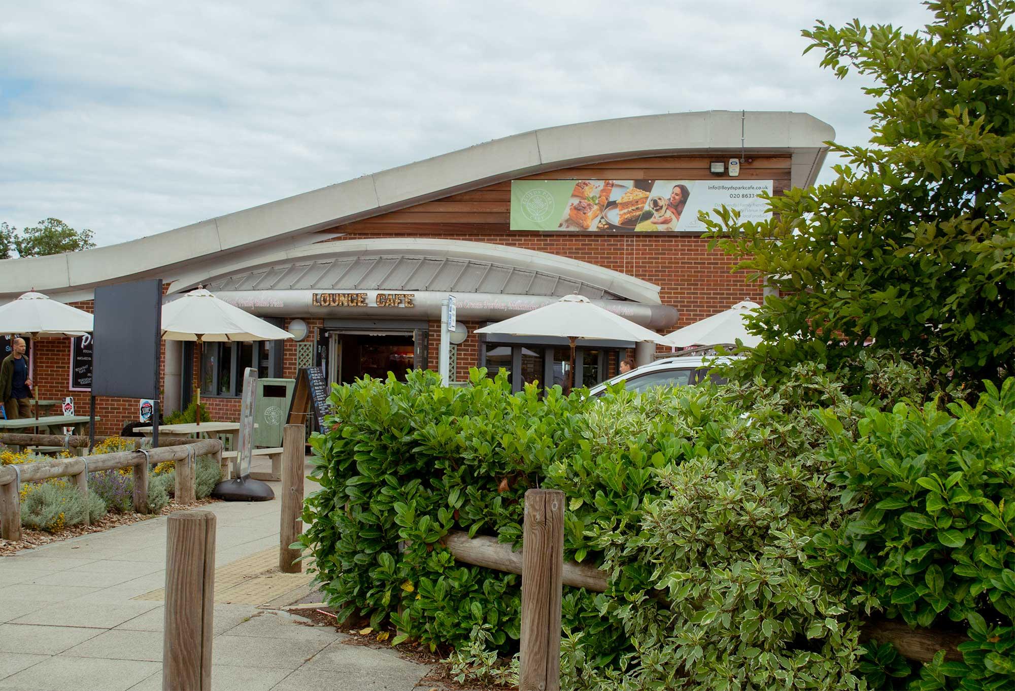 lloyd-park-cafe-exterior